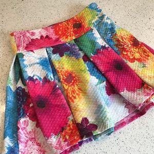 Justice bright floral skort size 7 🌺🌼